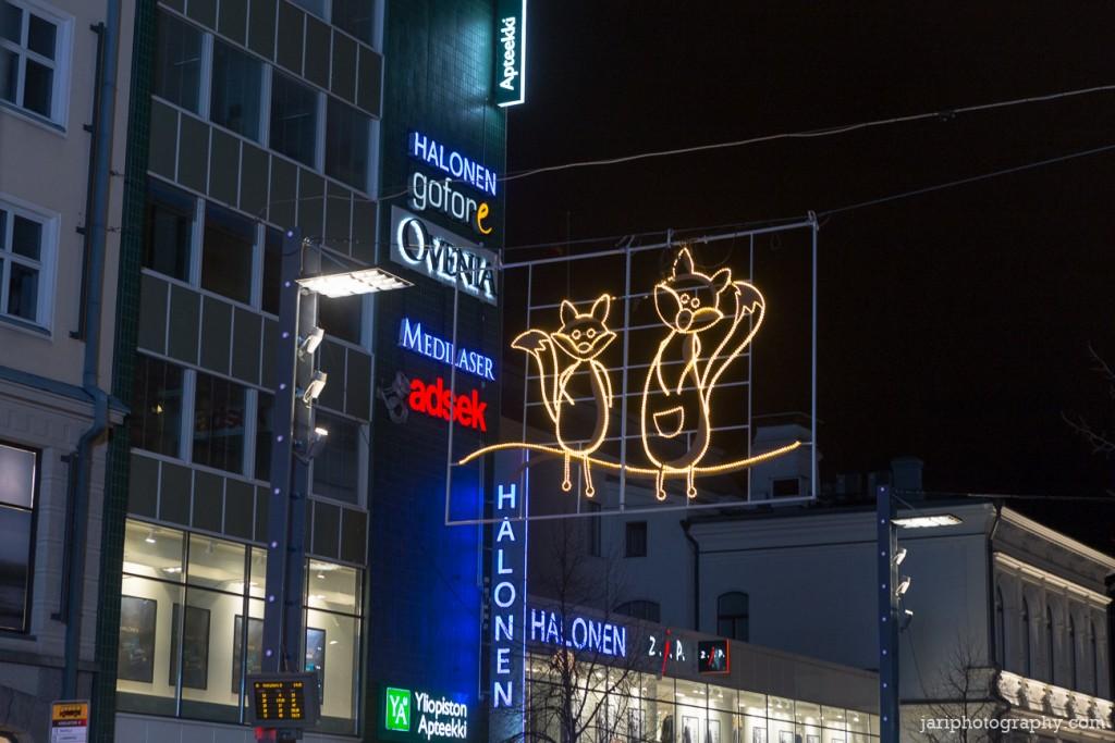 Lähimatkailija Tampereen Valoviikot ketut